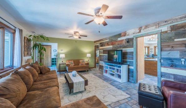 atlanta vacation rental living room